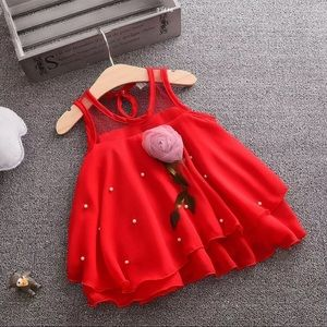 NWT beautiful red  little girls dress 👗
